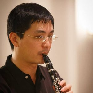 es-klarinettist-im-klarinettenensemble